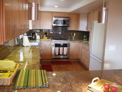 Completely Equipped Kitchen - Designed for Entertainment